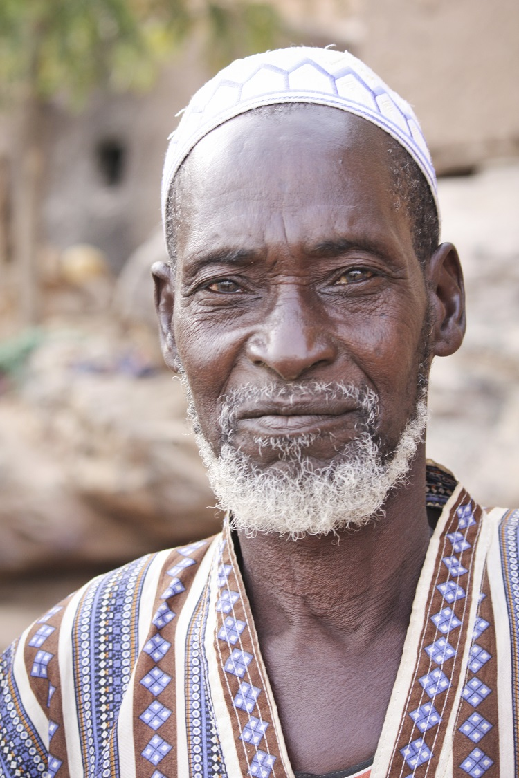 Homme-pays-dogon-mali