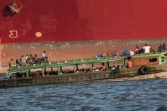 Transport lagunaire à Abidjan, cote d'ivoire