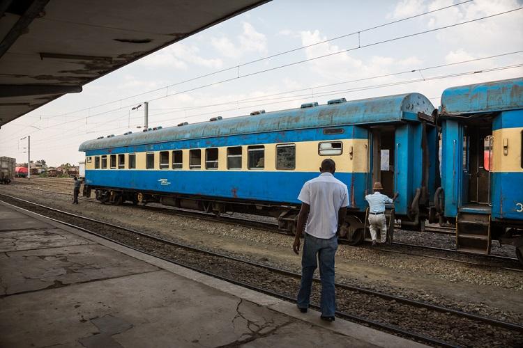 Train-gare-lubumbashi-congo