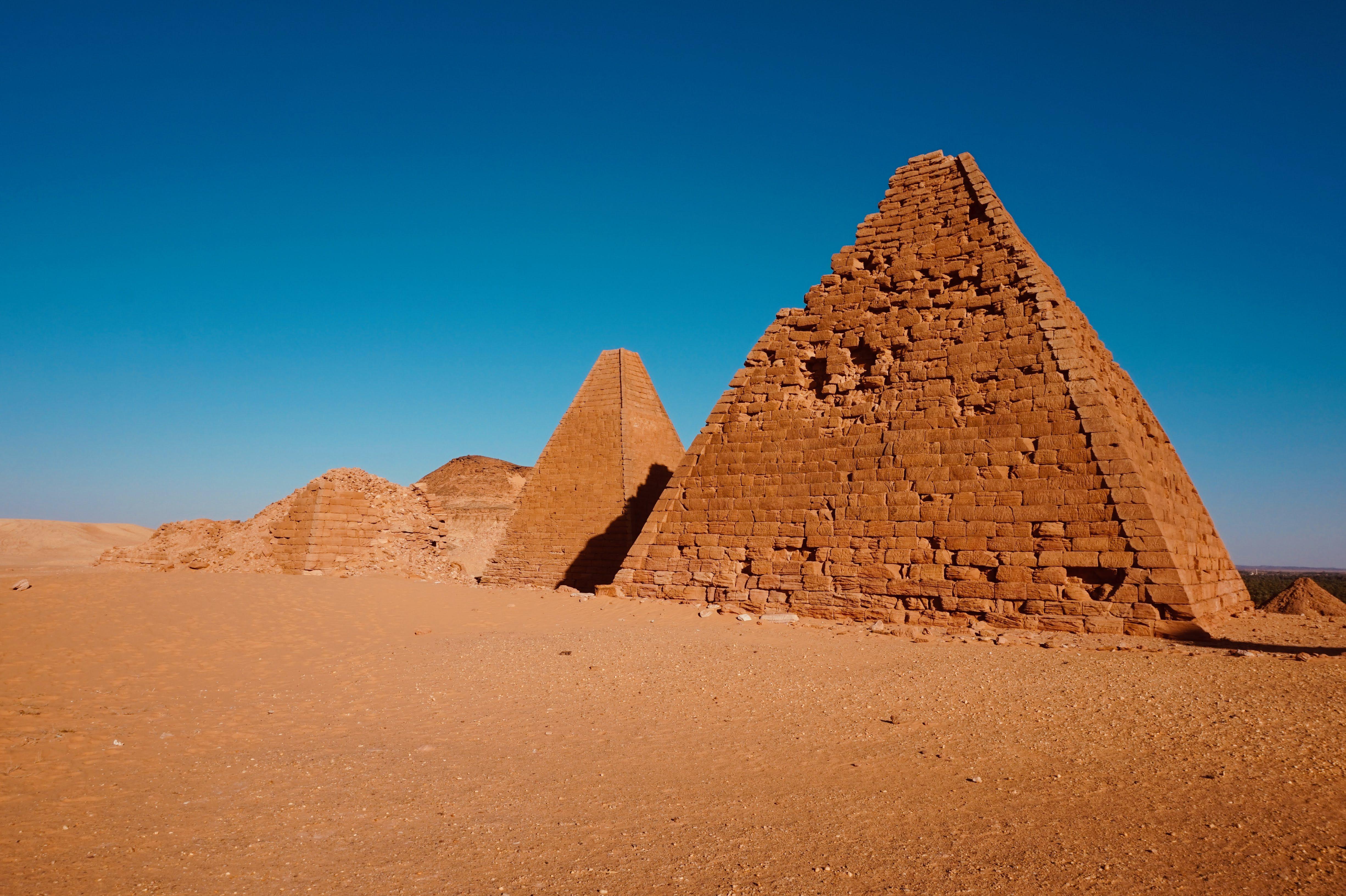 NubianPyramidsAreMuchSmallerAndMoreSlenderThanTheirEgyptianCounterparts