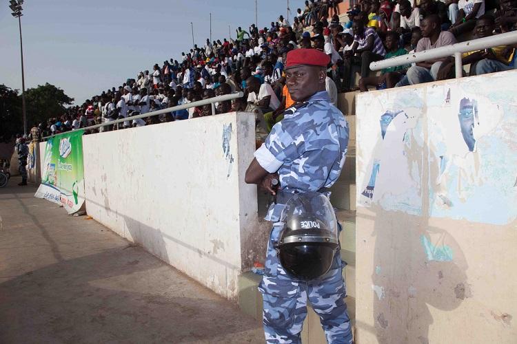 police-lutte-senegal