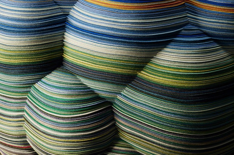 LAYERS CLOUD CHAIR / RICHARD HUTTEN