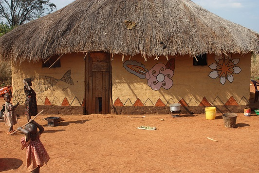 Makwasha, the village where the women are painters 3