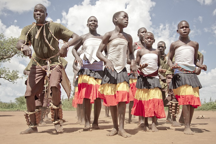 Uganda, the Acholi people between traditions and modernity