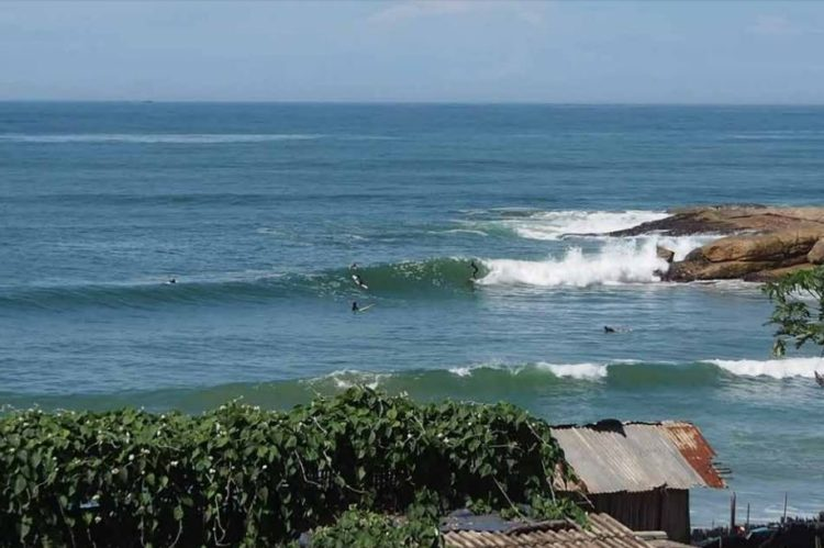 Surf trip on the Ivoirian coastline: Drewin