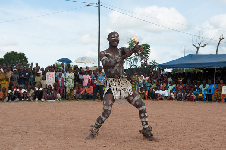 gouro masks and dances in Ivory Coast
