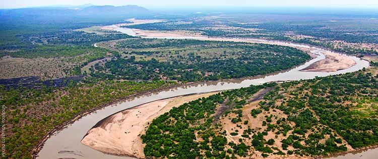 A safari in Zambia : Luangwa Valley